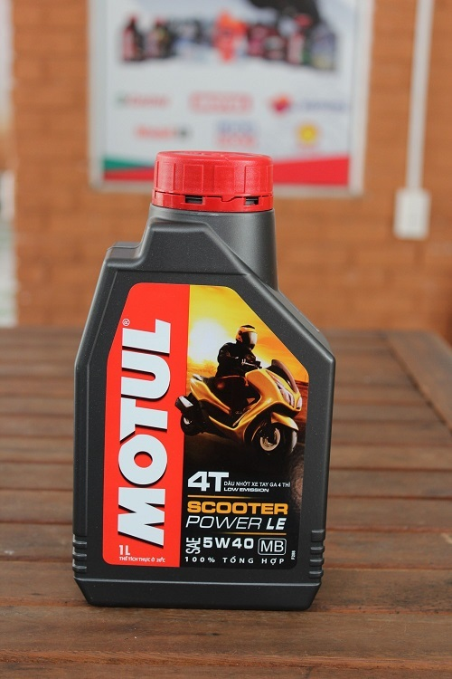 Motul Scooter Power LE 5W40